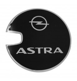OPEL ASTRA G/ASTRA H 3D/5D 1998-2009 ΑΥΤΟΚΟΛΛΗΤΟ ΤΑΠΑΣ ΡΕΖΕΡΒΟΥΑΡ 14,4 cm ΜΑΥΡΟ/ΧΡΩΜΙΟ ΜΕ ΕΠΙΚΑΛΥΨΗ ΕΠΟΞΕΙΔΙΚΗΣ ΡΥΤΙΝΗΣ (ΥΓΡΟ ΓΥΑΛΙ) - 1 ΤΕΜ.